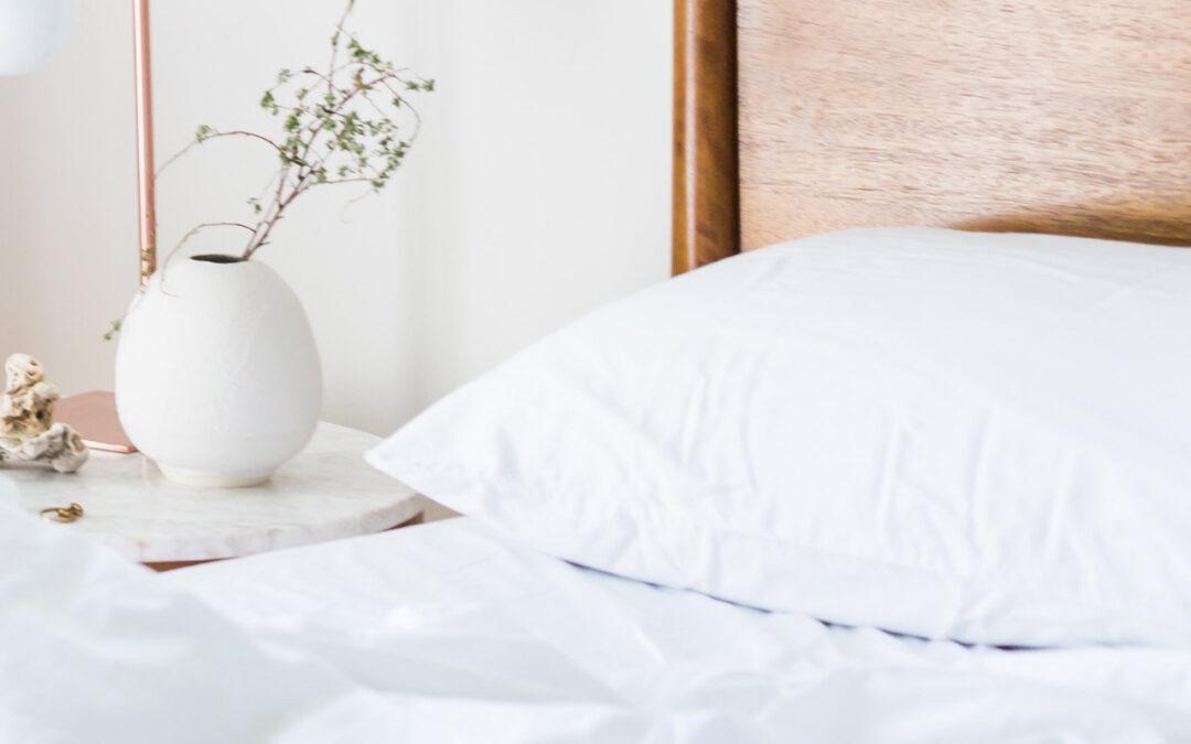 Jak prawidłowo dobrać rodzaj poduszki do spania?